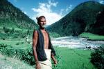 Nepal, Man, Male, Guy, Araniko Highway, la Bothe-Kosi river, PORV08P10_14