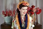 Woman, Lei, Flowers, 1940s, PORV15P03_02