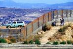 Illegal immigrant, border patrol, Wall, PRAV01P04_16