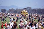 Crowds, People, Opening Day, Crissy Field, Celebration, 6th May 2001, SKTV01P15_03