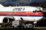 United Airlines UAL, Boeing 737, belt loader, tractor, baggage cart, (BUR), TAFV11P07_12