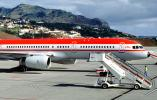 D-AMUM, LTU Airways, Boeing 757-2G5F, Funchal Madeira, RB211-535 E4, RB211, Mobile Stairs, Rampstairs, ramp, TAFV20P04_01B