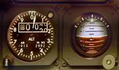 Artificial Horizon, Dash-8 Cockpit, de Havilland Canada Dash-8, instruments, dials, avionics