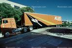 Allied Movers, Moving Van,  Divisadero Street, Pacific Heights, San Francisco, Pacific-Heights, VCAV01P13_03
