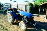 New Holland, TC33 tractor, VCFV01P03_17