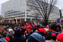 Trump Inauguration Day, 20/01/2017, crowds, buildings, hats, GNUD01_042