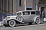 Whitewall Tires, 1930 Chrysler Imperial Eight Limousine, Close Coupled Sedan, Gangster Car, automobile, VCCD01_048